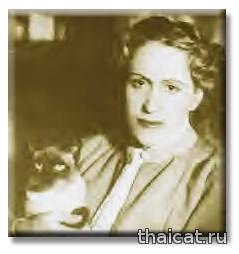Итальянская писательница Джанна Манцини и ее сиамская кошка